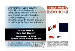 Willie Mays signed 2003 Topps Finest Trading Card The Catch Bold Auto HOF Z636